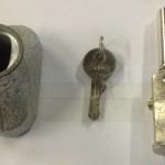 Round Bullet Lock & Housing